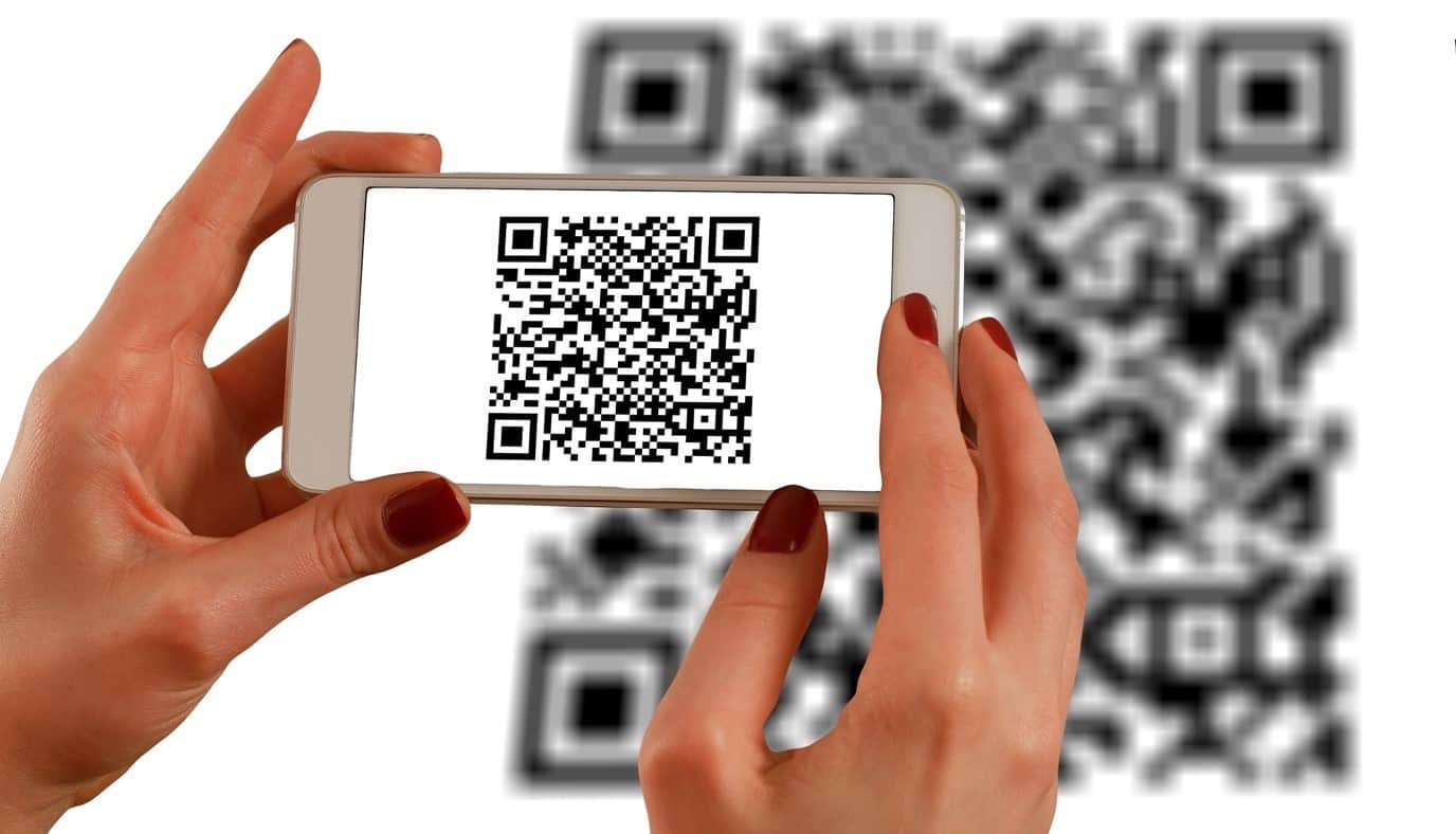 content/fi-fi/images/repository/isc/2020/9910/a-guide-to-qr-codes-and-how-to-scan-qr-codes-1.jpg